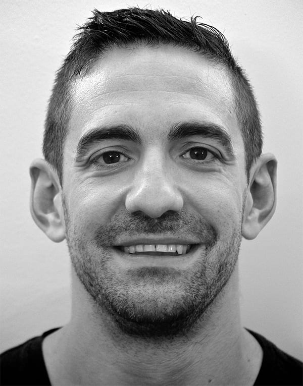 Therapist Arturo Del Val Anguita providing Osteopathy to East London at The Plane Tree